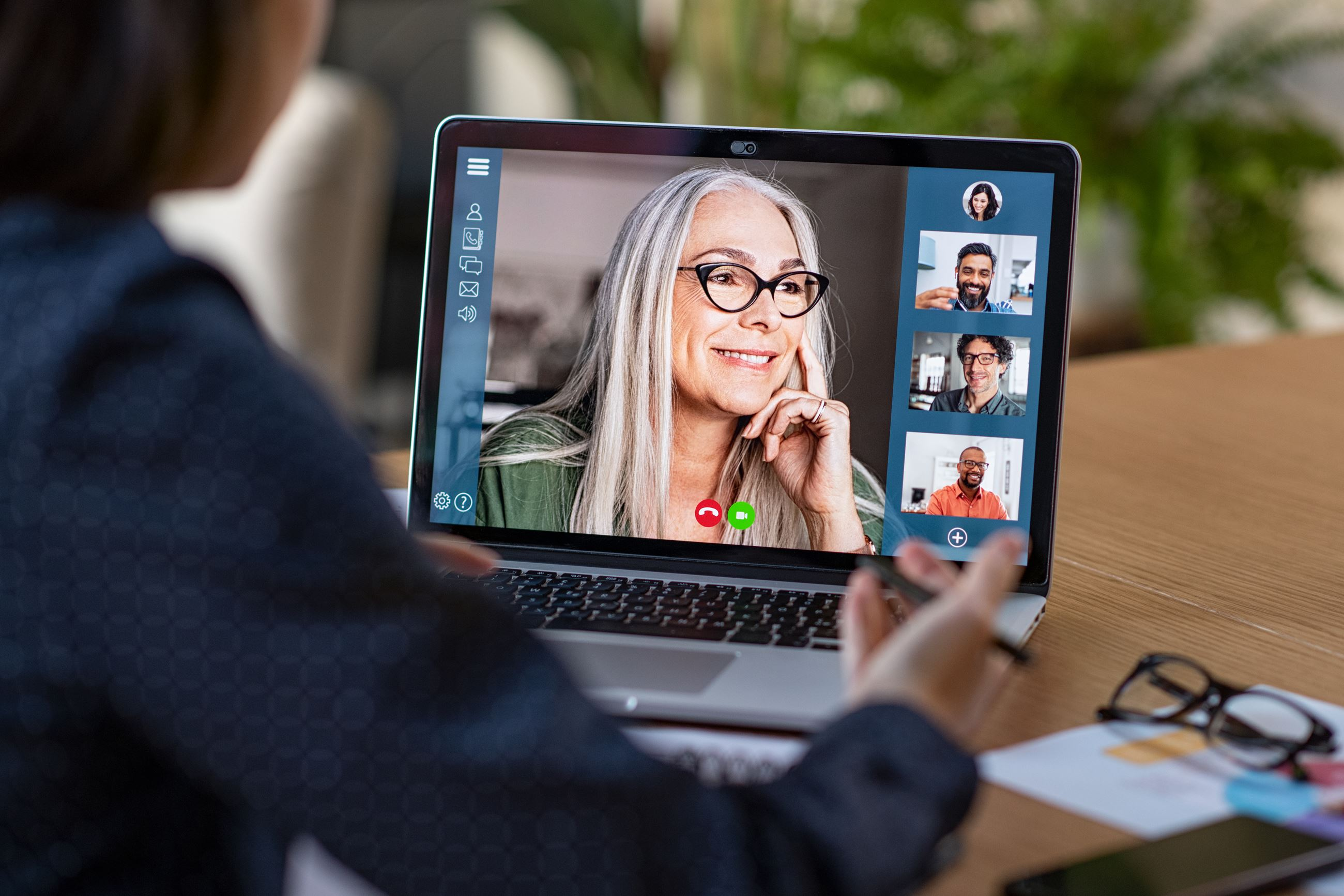 Virtual meeting with a woman on a computer screen